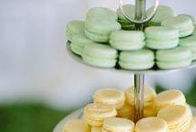 Wedding Cakes, Treats & Sweets / by Dandie Andie Floral Designs