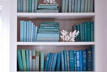 Book Displays / by Laurie Grassi