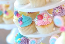 Cupcakes / by My Cupcake Case