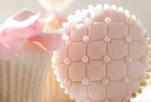 Cupcakes / by Elayne Forgie