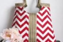 Sewing Purses and Bags / by Sarah Hydock