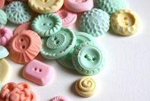 Petite MERCERIE (Dentelles, Boutons, Rubans, Laines...) / by caroline duez