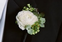 Boutonnieres / by Charming Events of Charleston