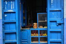 Blue and turquoise doors / A collection of blue doors. Also look at my other boards  for more amazing doors. / by Lea Hartmann