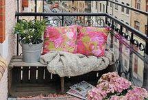 Balcones y terrazas / by Rosa Lopez