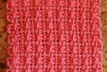 looms- weaving-lucet / by Kaiti Theodoridou