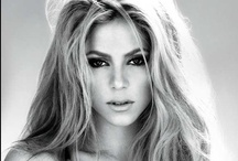 Shakira / by Babs Pomp