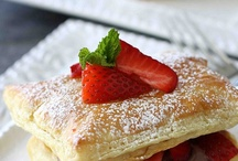Dessert,Bars,sweet things... / by Miki Sardinas