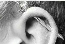 Jewelery. Nails. Eyes. Beauty. / by Eva Grinberg
