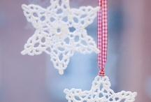 Christmas Crafts & Decor / by Carol Newton