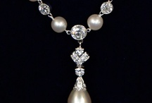 A String of Pearls / by Antiques Roadshow