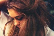 Embrace Messy Hair / by AppleOfMyEye