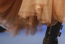 couture, tricot et tralala / les mailles, les points et les patrons.                       Habillez! / by Loutre Lussier