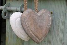 Hearts / by Edith Tijssen