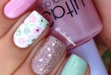 Nail Ideas / by Michelle {CraftyMorning.com}