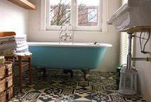 bathroom / by Katarzyna Mojkowska