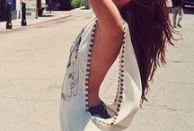 To wear / by Dominga Olavarria