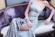 Prom style/gorgeous gowns! / by Divina Razo