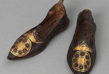 Men's Shoes / by Juvenal Horta