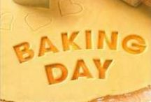 Bake / Baking is an art form! I love the beauty of people in the process of creating tasty delights. / by Willow