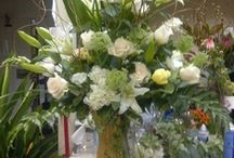 Party Flowers & Centerpieces / by Rickey Heroman