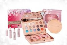 Christmas / by jane iredale Benelux - France