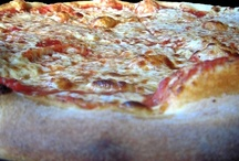 Pizza / All things Pizza... / by Laura Hearn