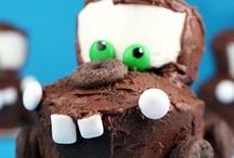 Birthday Cake & Cupcakes / by Sally Richards