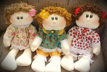 Cloth dolls / Patterns  / by Andrea McDonough