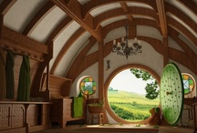 House and Decor / by Mina Sanders