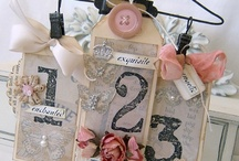 ART  paper tags / by Betty Chapple