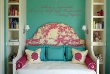 Bedroom Ideas / by Gladys Pennyfeather