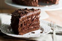 Lick-yo'-plate Good Desserts / by Heather Hall