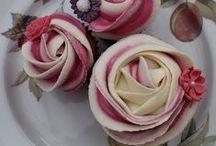 Beautiful Cupcakes / by Barbara
