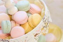Sweets N' Treats / by Sweet Vanilla Bean