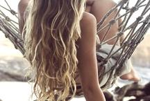 hair / by Anna Caraviello
