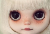 Collectable Dolls and Figurines I really really want.... / by Debbie Connolly