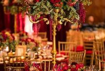 Table Centerpieces  & Floral Urns - WEDDING / by Lisa Thorarinson Weddings