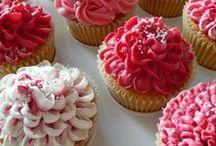 Beautiful cupcakes / by Gayatri Jhaveri