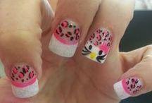 Nails Nails Nails <3 / Nails  / by Natiana Wisen