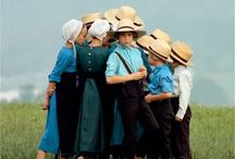 "Amish Country / Photos of Amish people or the Amish way of life. If you would like an invite to pin to this board just comment ""add me"" on one of my pins (Brenda Woods).  / by Brenda Woods"