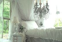 Pretty House Ideas / by Lopa Patel