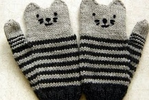 knitting / by Marina Calarco