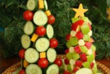 Christmas eats n treats / by Barb Hills Dmytriw