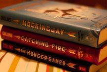 тһɛ ʜʊɴɢɛя ɢɑϻɛs❤️↣ / I'm in love with these books!❤️ / by ✞Anna Dixon✞