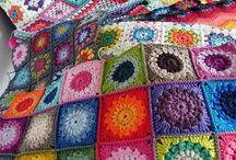 Chroche, knitting, embroidery... / by Cigdem Ozenc