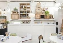 Bars, Cafes & Restaurants Inspiration / by Aida Castellvell