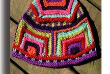 Knitting / by Kat Locke
