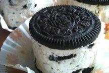 Food Ideas / by Paige Winfree