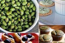 healthy homemade snack club / by Elizabeth Doudera